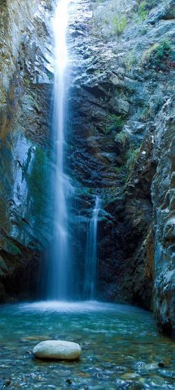 Duschrückwand aus Glas, Motiv Wasserfall 1